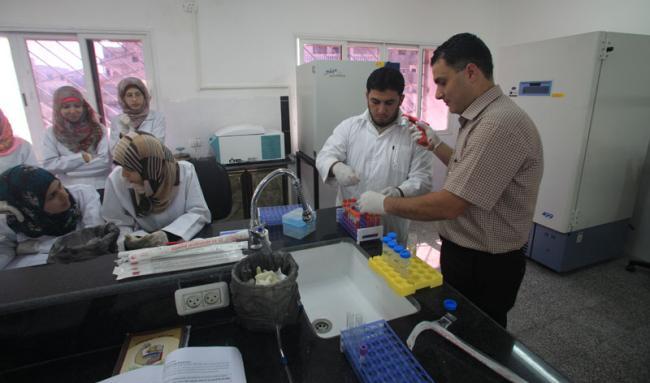 مختبر وتجهيزات قسم العلوم الطبية والمخبرية
