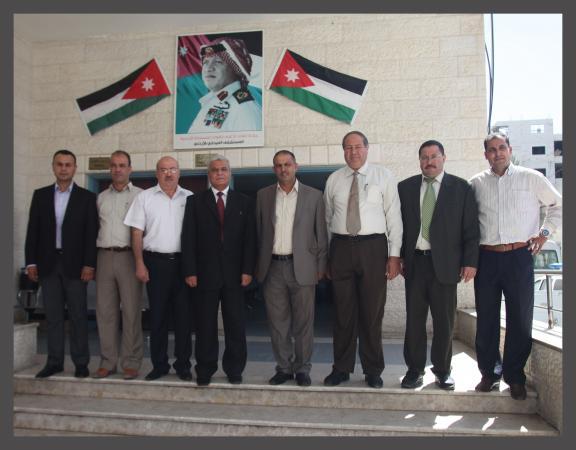 زيارة وفد الجامعة إلى المستشفى الميداني الأردني