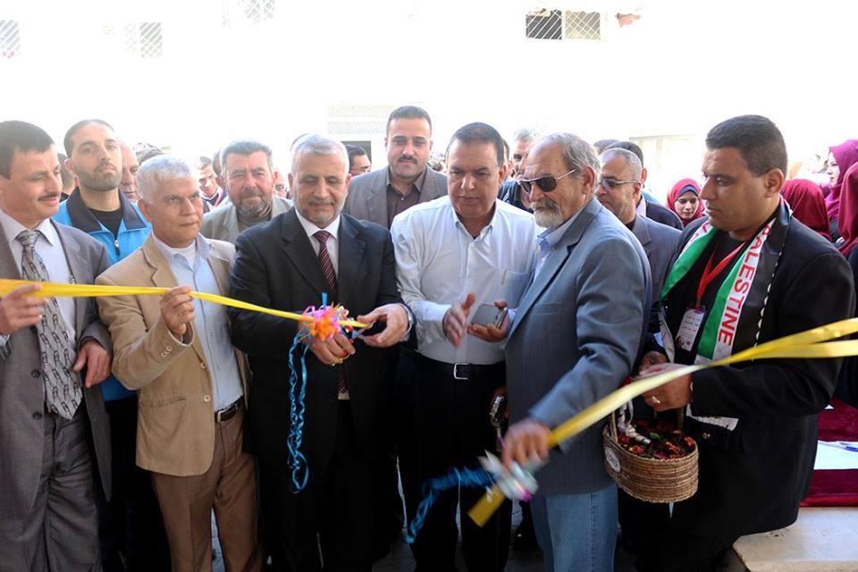 افتتاح المعرض الفني عهد الوطن بجامعة الاقصى