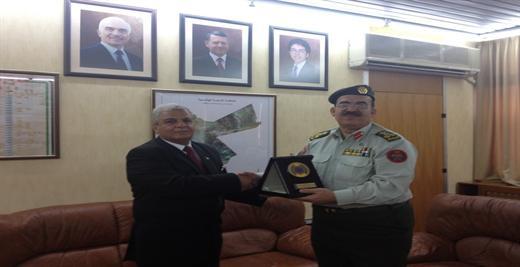 جامعة الأقصى والمركز الجغرافي الملكي الأردني يبحثان سبل التعاون المشترك