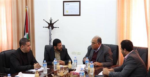 رئيس الجامعة أ.د. علي أبو زهري يتسقبل وفداً من وزارة التربية والتعليم العالي