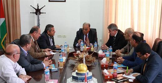 جامعة الأقصى تستقبل وفدا من البنك الإسلامي الفلسطيني
